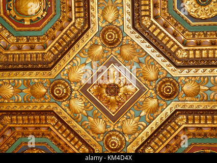 The ornate ceiling of the Collectors Room in the Alexander Hamilton U.S. Custom House (now the National Museum of - Stock Photo