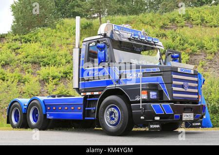 HAMEENLINNA, FINLAND - JULY 11, 2015: Blue Scania Vabis 143H vintage truck on display at Tawastia Truck Weekend - Stock Photo