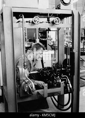 Maintenance and overhaul at Arlanda airport 1967 08 23 Hydralverkstad, the hydralic work shop for Caravelle - Stock Photo