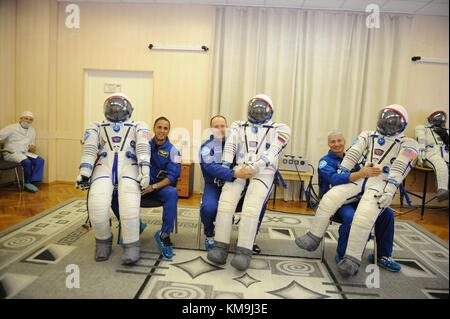 NASA International Space Station Expedition 53-54 prime crew members (L-R) American astronaut Joe Acaba, Russian - Stock Photo