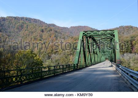 Historic Kanawha Falls Bridge - a triple span Pennsylvania Truss Bridge over the Kanawha River in West Virginia. - Stock Photo