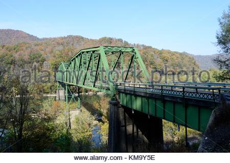 The Historic Kanawha Falls Bridge - a triple span Pennsylvania Truss Bridge over the Kanawha River in West Virginia. - Stock Photo