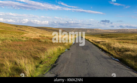 Driving on the B6270 in the Yorkshire Dales near Birkdale, North Yorkshire, UK - Stock Photo