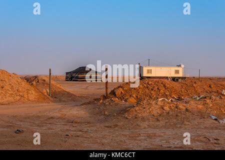 A typical Bedouin residence near Riyadh, Saudi Arabia - Stock Photo