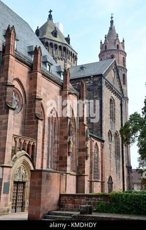 Worms (Rheinland-Pfalz, Germany): The Cathedral - Stock Photo