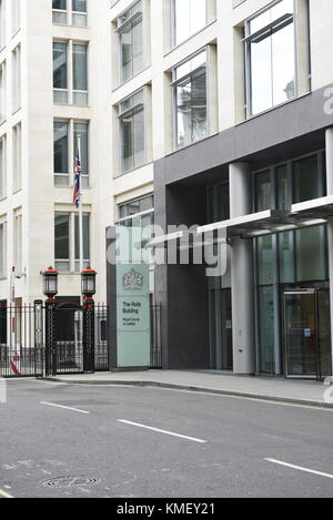 The Rolls Building is a judicial court complex on Fetter Lane in the City of London that is used by the High Court - Stock Photo