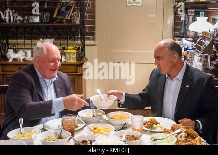 U.S. Agriculture Secretary Sonny Perdue (left) and Mexican Agriculture, Livestock, Rural Development, Fisheries - Stock Photo