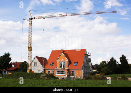 Dwelling house, build, building site, new building, single-family dwelling, crane, settlement, Wohnhaus, bauen, - Stock Photo