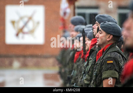 Noreña, Spain. 9th December, 2017. Military parade during the feast of the Patron Saint of the Infantry at Cabo - Stock Photo