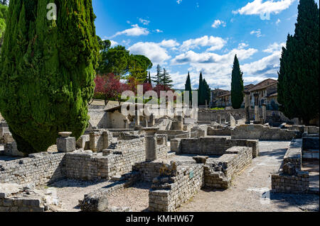 France. Vaucluse (84). Vaison La Romaine. Roman remains - Stock Photo