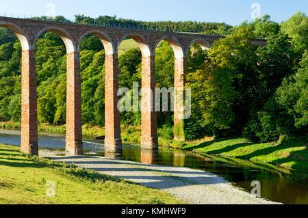 Leaderfoot Railway Viaduct, built 1865, crossing the River Tweed near Melrose. Borders Region, Scotland