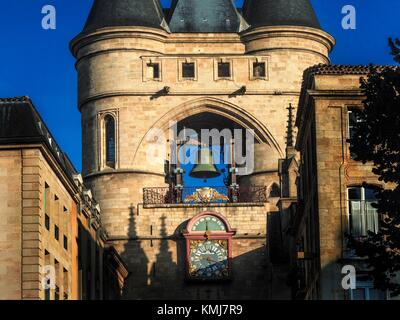France, Nouvelle Aquitaine-Gironde- ''Grosse Cloche'' on Saint Eloï´s gate at Bordeaux. Pilgrimage way to Swantiago - Stock Photo