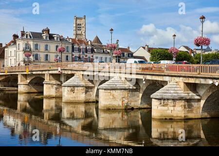 Saint Pierre church, Paul Bert bridge, Yonne river, Auxerre, Yonne, Burgundy, Bourgogne, France, Europe - Stock Photo