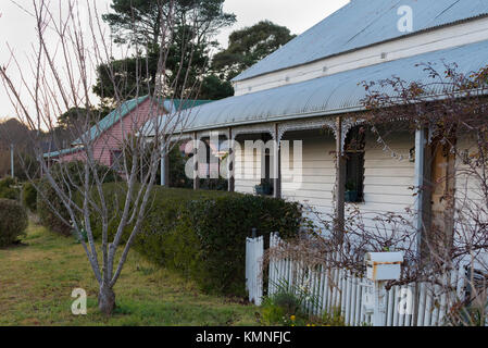 Federation workers cottages in the country town of Robertson, New South Wales, Australia - Stock Photo
