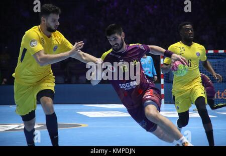 Nantes, France. 07th Dec, 2017. Nedim Remili, Luc Abalo (Paris Saint Germain) and Eduardo Gurbindo (HBC Nantes) - Stock Photo