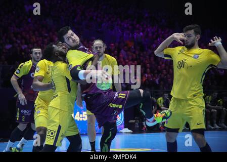 Nantes, France. 07th Dec, 2017. Luc Abalo, Nedim Remili (Paris Saint Germain) and Nicolas Tournat (HBC Nantes) in - Stock Photo