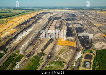 Brown coal excavator, lignite mining Garzweiler, RWE power, Rhenish lignite mining area, Borschemich, Jüchen, Lower - Stock Photo