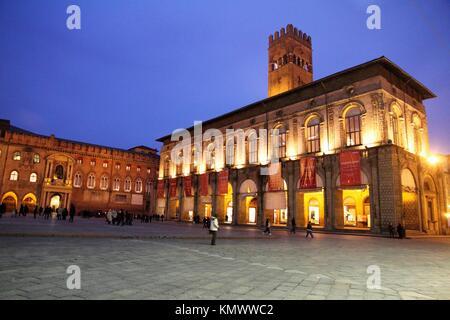 Palazzo del Podesta and Palazzo Comunale on the left, Piazza Maggiore, Bologna, Emilia-Romagna, Italy - Stock Photo