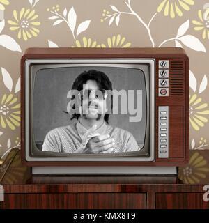 Geek Mustache Tv Presenter In Retro Wood Television Vintage Wallpaper