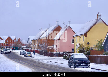 UK Weather: Snow on the Grange Farm development in Kesgrave, near Ipswich Suffolk. - Stock Photo