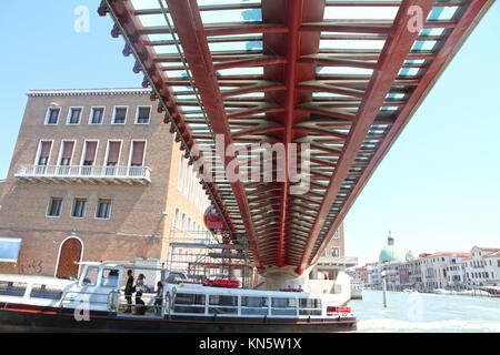 Italy, Veneto, Venice, Santiago Calatrava bridge on Canal Grande, Ponte della Costituzione. - Stock Photo