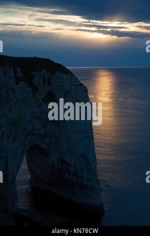 Cliff in Etretat, Cote d'Albatre, Pays de Caux, Seine-Maritime department, Upper Normandy region, France. - Stock Photo