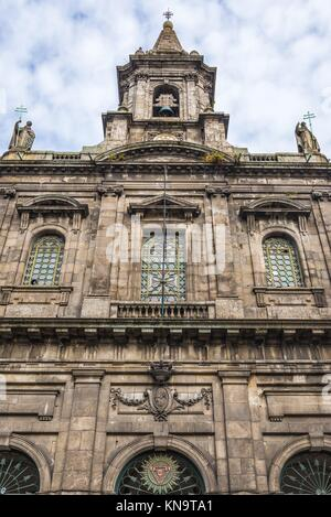 19th century neoclassical style Trinity Church (Igreja da Trindade) in Santo Ildefonso district of Porto city on - Stock Photo