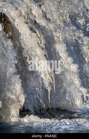 Frozen waterfall, Ledges State Park, Iowa, USA. - Stock Photo