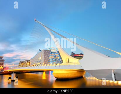 THE SAMUEL BECKETT BRIDGE from dublin. - Stock Photo