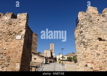 Walls and Santa Maria del Castillo; church; Buitrago de Lozoya; Comunidad; Madrid; Spain;. - Stock Photo