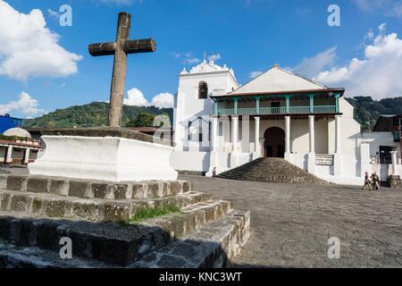 Iglesia de Santiago Apóstol, 1547, Santiago Atitlan, departamento de Sololá, Guatemala, Central America. - Stock Photo
