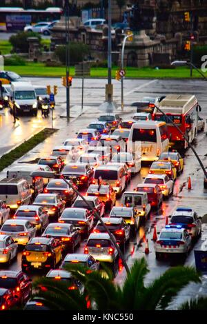 Traffic, vehicles waiting in front of the red light. Barcelona, Catalonia, Spain. - Stock Photo