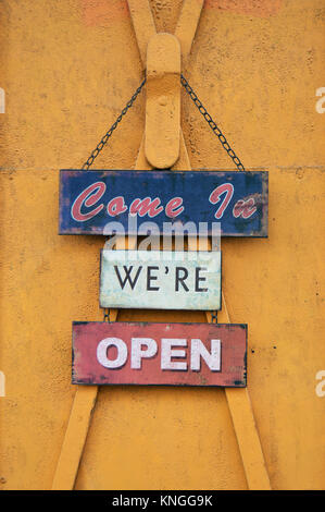 Come in we're open sign - Stock Photo