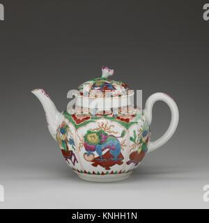 Teapot. Factory: Worcester; Date: ca. 1770; Culture: British, Worcester; Medium: Soft-paste porcelain; Dimensions: - Stock Photo