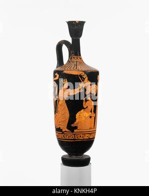 Terracotta lekythos (oil flask). Associated in style with the Lecce Painter; Period: Late Classical; Date: ca. 375 - Stock Photo