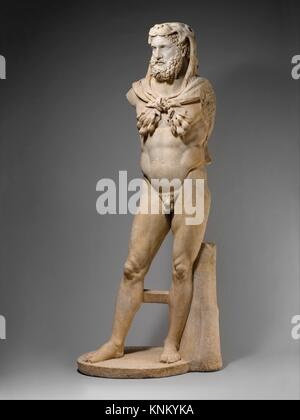 Marble statue of a bearded Hercules. Period: Early Imperial, Flavian; Date: A.D. 68-98; Culture: Roman; Medium: - Stock Photo