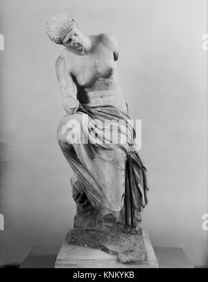 Marble statue of a seated muse. Period: Imperial; Date: 1st or 2nd century A.D; Culture: Roman; Medium: Marble, - Stock Photo
