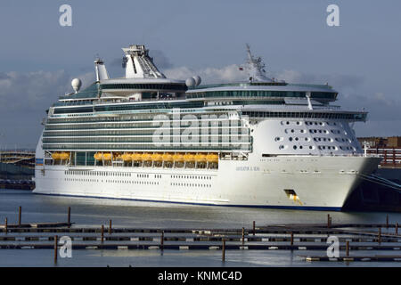the navigator of the seas cruise liner alongside at the cruise terminal in the port of Southampton docks in Hampshire, - Stock Photo