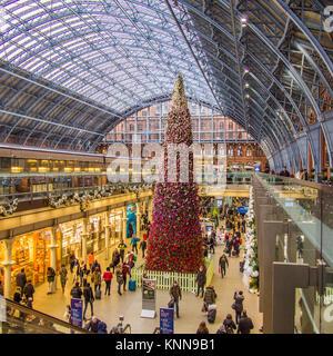 Christmas Tree at St Pancras Railway Station - Stock Photo
