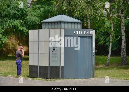 City toilet, city hall, Hanna-Renate-Laurien-Platz, Leonorenstrasse, Lankwitz, Steglitz-Zehlendorf, Berlin, Germany, - Stock Photo