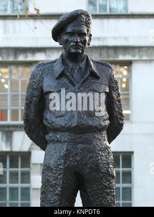 London, UK. 12th December, 2017. Statue of Field Marshal Bernard Law Montgomery, 1st Viscount Montgomery of Alamein, - Stock Photo
