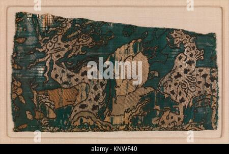 Textile Fragment. Object Name: Fragment; Date: mid-16th century; Geography: Attributed to Iran; Medium: Silk and - Stock Photo