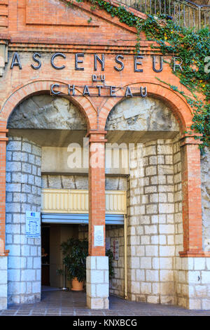 Ascenseur du Chateau, entrance to the lift up to Castle Hill, exterior, Old Town, Nice, France - Stock Photo