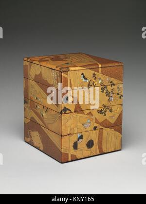 誰ヶè¢-蒔絵é‡ç®±/Stacked Food Box (Jubako) with ´Whose Sleeves?´ (Tagasode) Design. Period: Edo period (1615 - Stock Photo