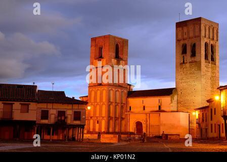 Church of San Martin. Plaza de la Villa or Main square of Arevalo, Avila, Spain. - Stock Photo