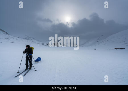 Ski touring in Swedish Lapland, in Kebnekaise massive mountain range. Sweden, Europe - Stock Photo