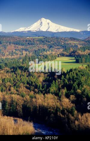 Mt Hood, Jonsrud Viewpoint, Sandy, Oregon. - Stock Photo