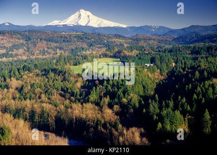 Mt Hood, Jonsrud Viewpoint Park, Sandy, Oregon. - Stock Photo