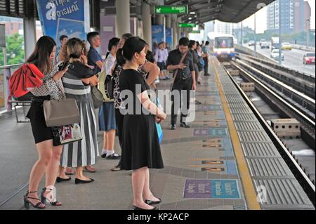 Saphan Taksin skytrain (BTS) station, Bangkok, Thailand. - Stock Photo