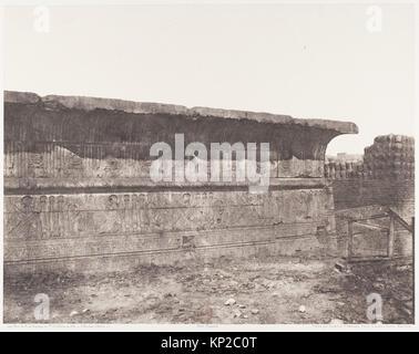 Esneh (Latopolis), Construction Ensablée - Paroi Extérieure - Corniche et Sculptures MET DP138586 261872 - Stock Photo